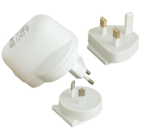 USB Netzteil mit 4x Reiseadapter Traveler Reiseadapter
